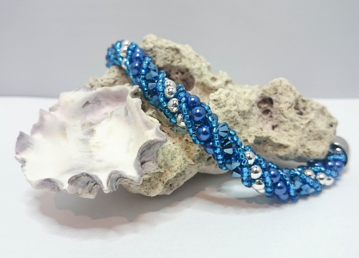 "Spiralnetz-Armband mit Swarovski Elements ""Nelly S"" Metallic Blue"